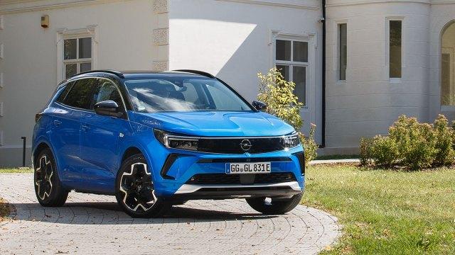 I Grandland je dobio novo Opelovo prepoznatljivo lice