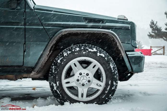 There are several types of snow chains, but also special tires for winter