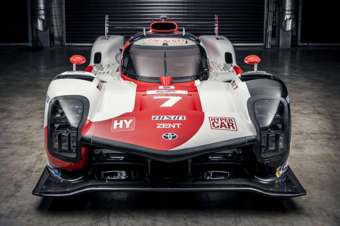 This is the Toyota GR010 HYBRID that we will see in the WEC