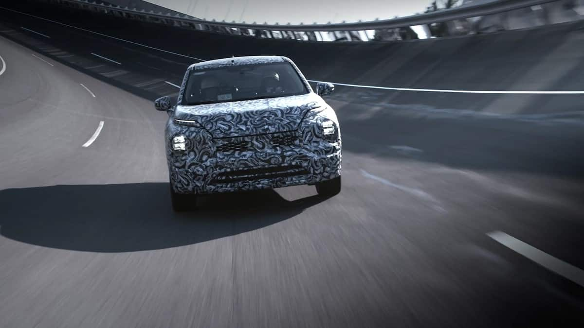 The new Mitsubishi Outlander is seen doing hard work