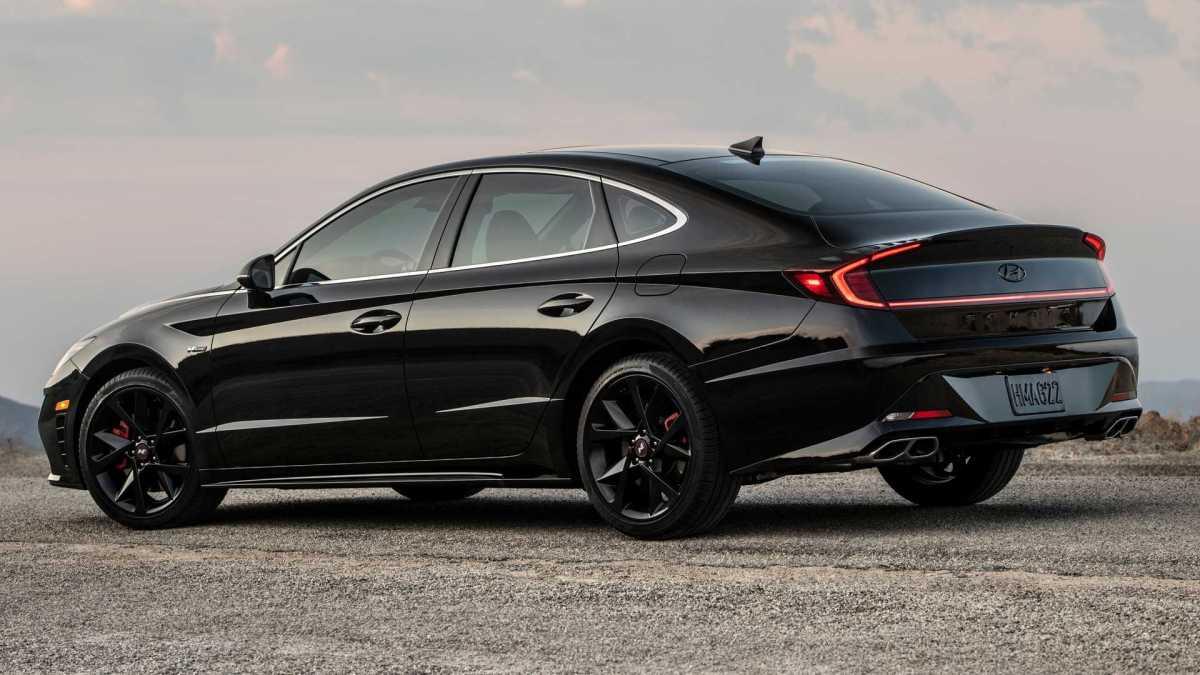 Hyundai Sonata N Line Night Edition 2022: all in black