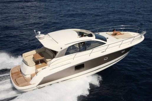 yacht a noleggio monopoli 5