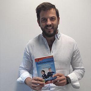 Jose Torrego, director del diario El Referente, ya tiene su GuíaBurros para autónomos