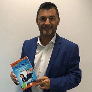 Eduardo Abad ya tiene su GuíaBurros para autónomos