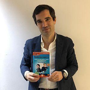 Iñaki Arola ya tiene su GuíaBurros para autónomos