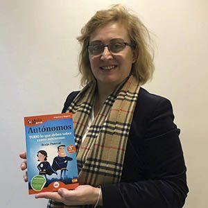 Eva Serrano ya tiene su GuíaBurros para autónomos