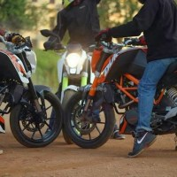 KTM Duke 200 (2013) new colours, features, official review, modified