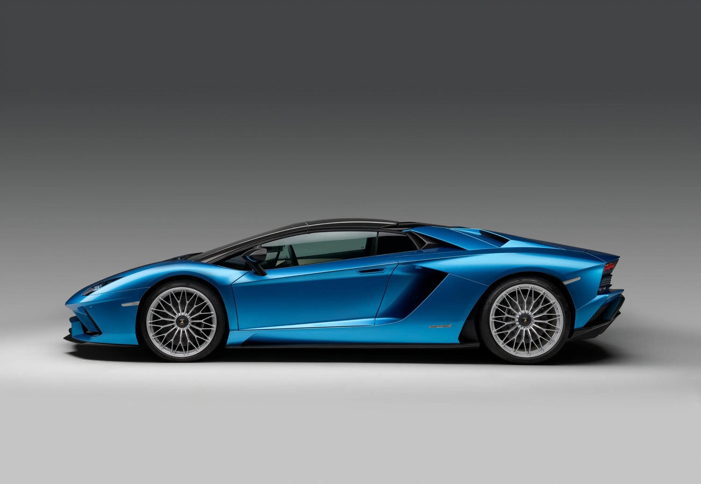 Clamoroso, Volkswagen vende Lamborghini per le auto elettriche