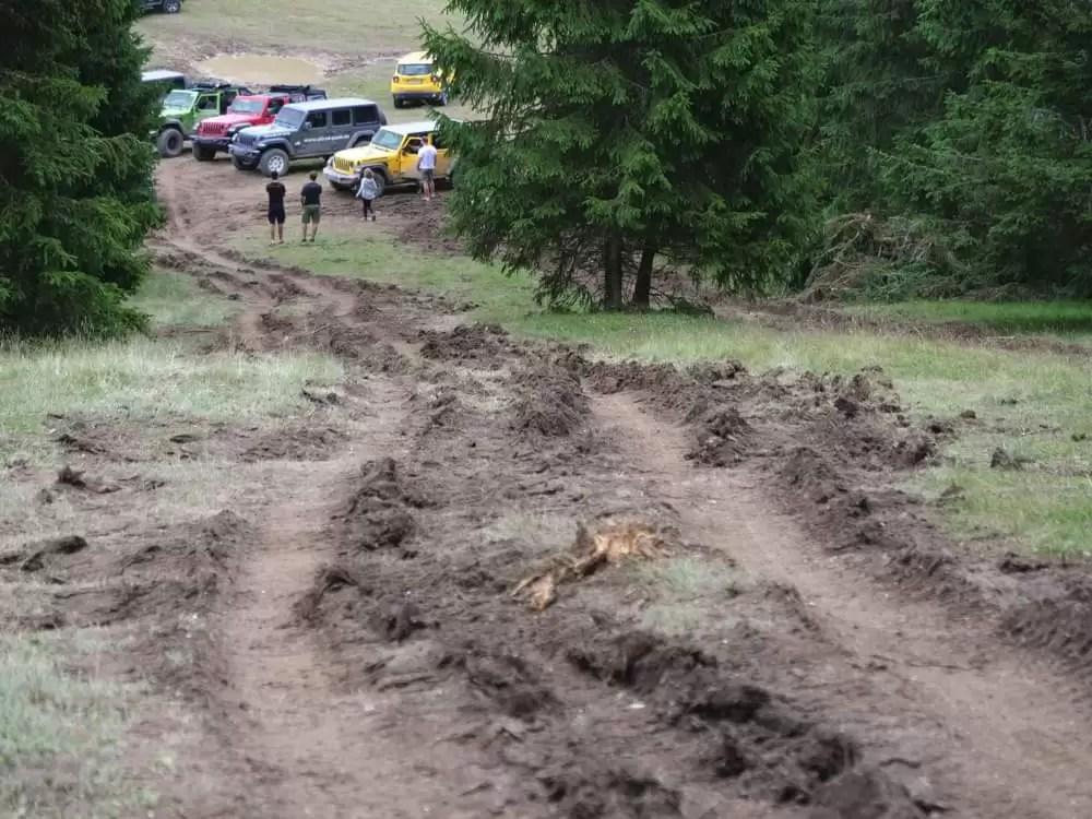 Camp Jeep 2019 devasta il Trentino scoppia la protesta