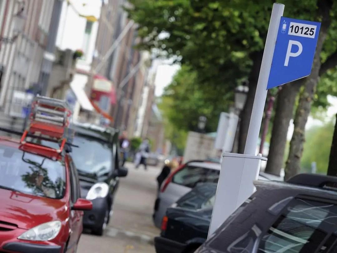 Parcheggio Auto, ad Amsterdam e Londra i più Costosi al mondo