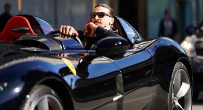 Zlatan Ibrahimovic a Stoccolma con la Ferrari SP2