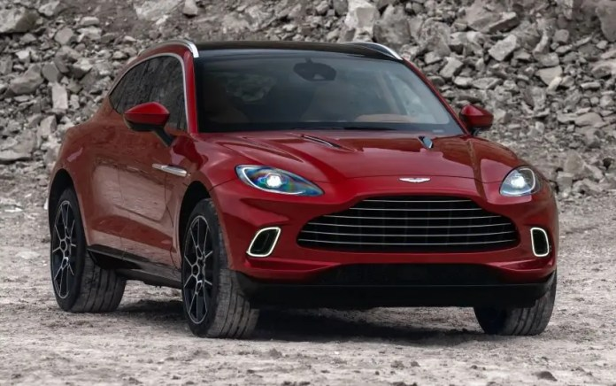Mercedes-Benz si prende entro il 2023 il 20% di Aston Martin