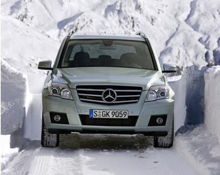 mercede-glk-4matic-2008-1 Mercedes GLK 4MATIC: trazione integrale per affrontare la neve