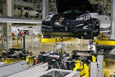 porsche-cayenne-motore-diesel Porsche Cayenne Diesel (2009): iniziata la produzione
