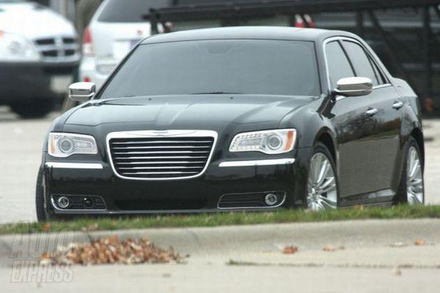 nuova_chrysler_300c_01 Nuova Chrysler 300C: le foto spia della futura ammiraglia Lancia