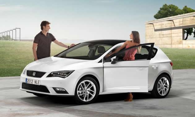 nuova-seat-leon-2012 Nuova Seat Leon 2012, consumi ridotti e interni più spaziosi