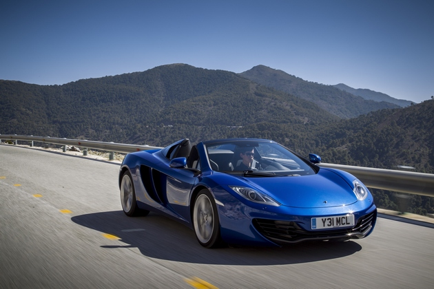 mclaren-12c_spider_blu La nuova McLaren MP4-12C Spider: panoramica caratteristiche e prestazioni