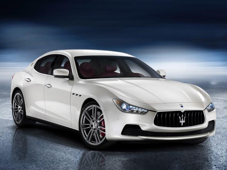 maserati-ghibli-2013-fronte-e1366107808878 Maserati Ghibli: a Shanghai esordisce nel segmento E