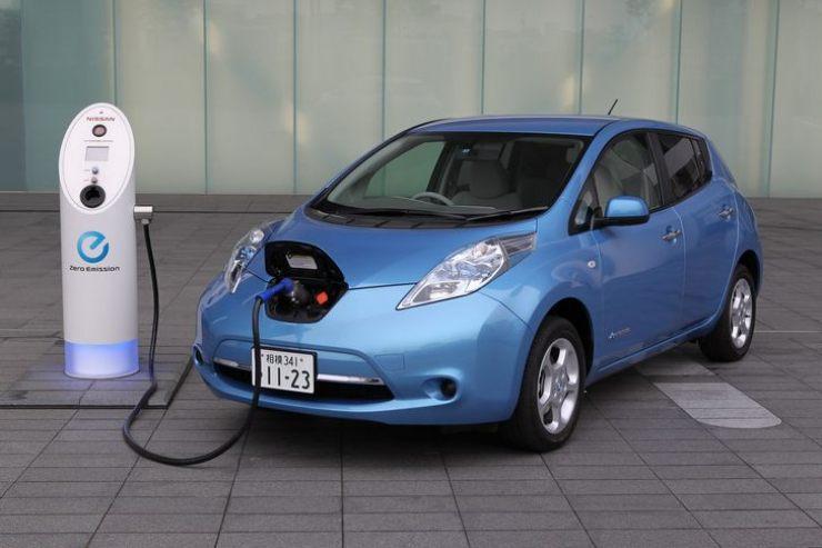 Nissan_Leaf 4 auto elettriche (solo elettriche, non ibride), caratteristiche, autonomia dichiarata e prezzi