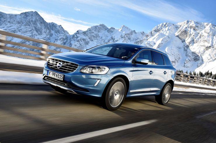 179426_Volvo_XC60_model_year_2017 8 SUV Premium di medie dimensioni