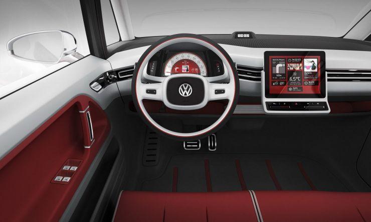 volkswagen-ebulli-interni Volkswagen e-Bulli fa rivivere il mito, quando sarà in vendita il transporter ?