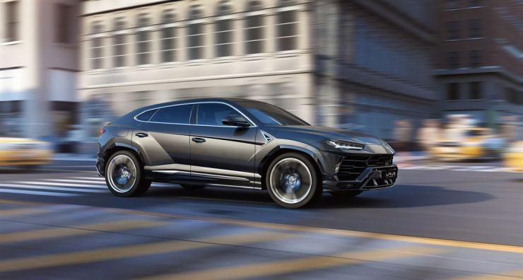 2019-lamborghini-urus-suv-3 La Lamborghini Urus 2019 è veramente la Lambo dei SUV