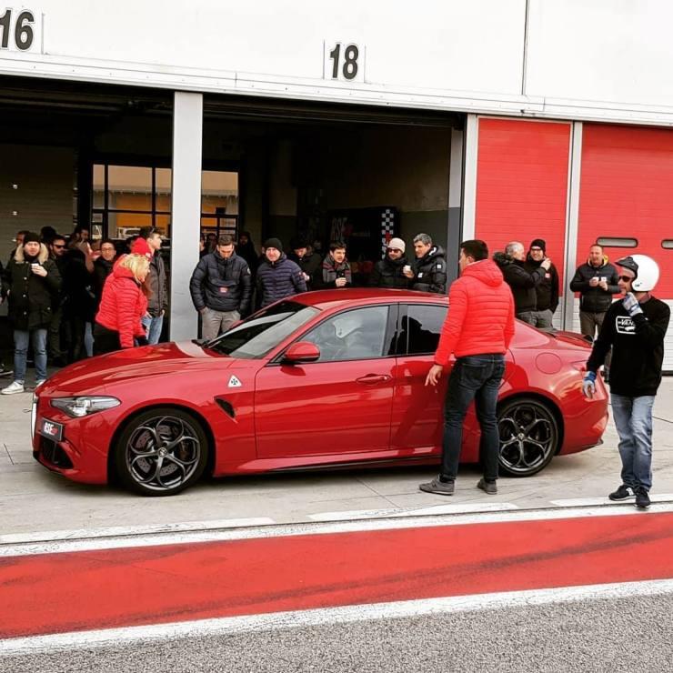 Alfa-Romeo-Giulia-Quadrifoglio-prezzo Giulia Quadrifoglio: scopriamo la super car di casa Alfa Romeo