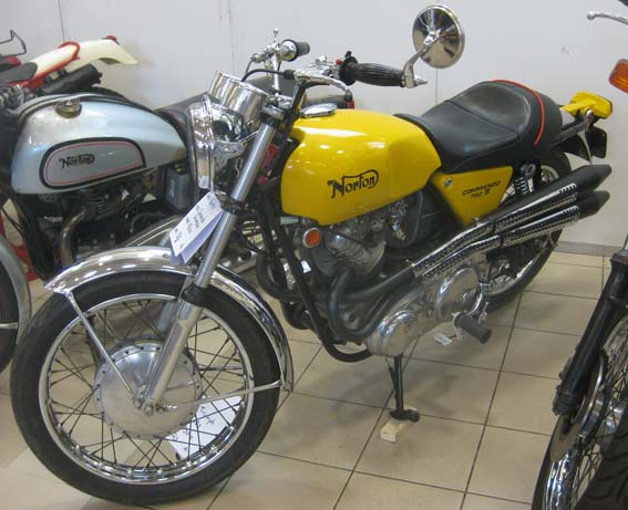 NORTON Commando Scrambler 750 (1969)