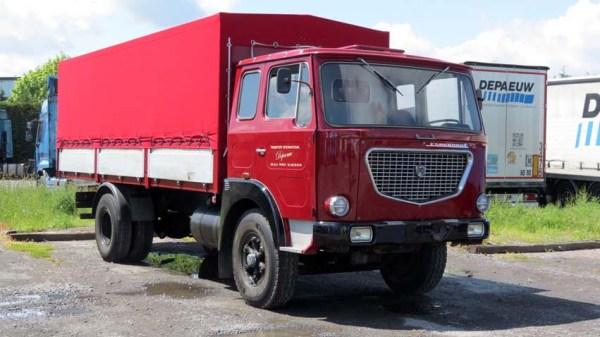 LANCIA Esagamma «E» 6 cyl 24 soup. De 1969: Ce véhicule appartenait aux Transports PLANTAZ de Haute Savoie. Accidenté en 1971, il fut restauré et fl fut utilisé de façon restreinte jusqu'en 1980, puis conservé à l'abri par Mme PLANTAZ  (mère) qui l'a confié ensuite pour «garder la mémoire du travail de transporteur et de ses dangers».
