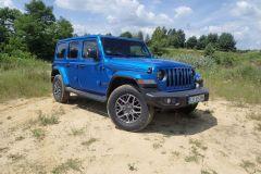Jeep 80 lat 2021 AutoRok