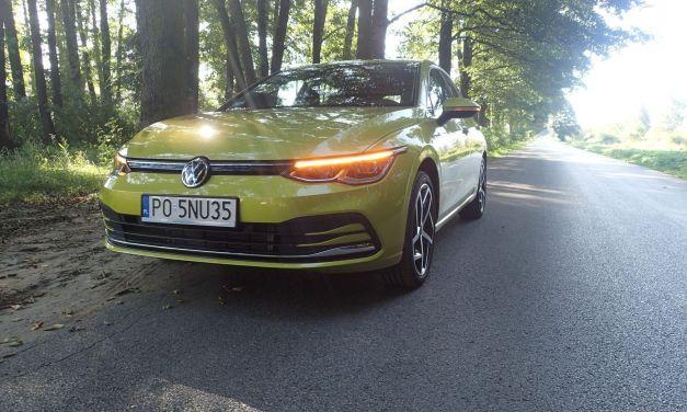 VW Golf 1.5 TSI Style – Żółta limonka