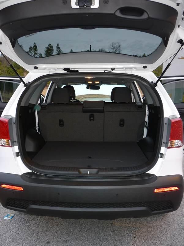 Inside Story 2011 Kia Sorento Autos Ca