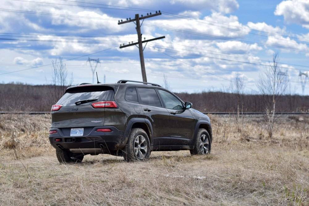 medium resolution of 2016 jeep cherokee trailhawk