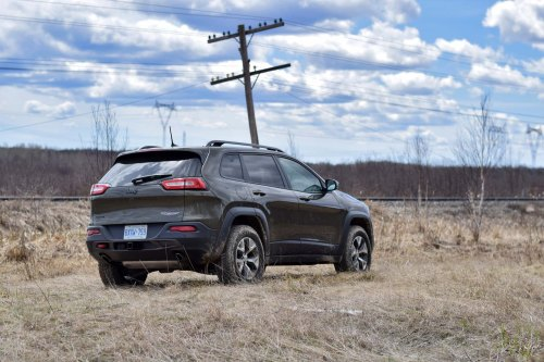 small resolution of 2016 jeep cherokee trailhawk