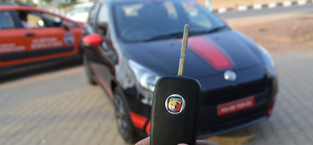 Abarth Punto Review (17)