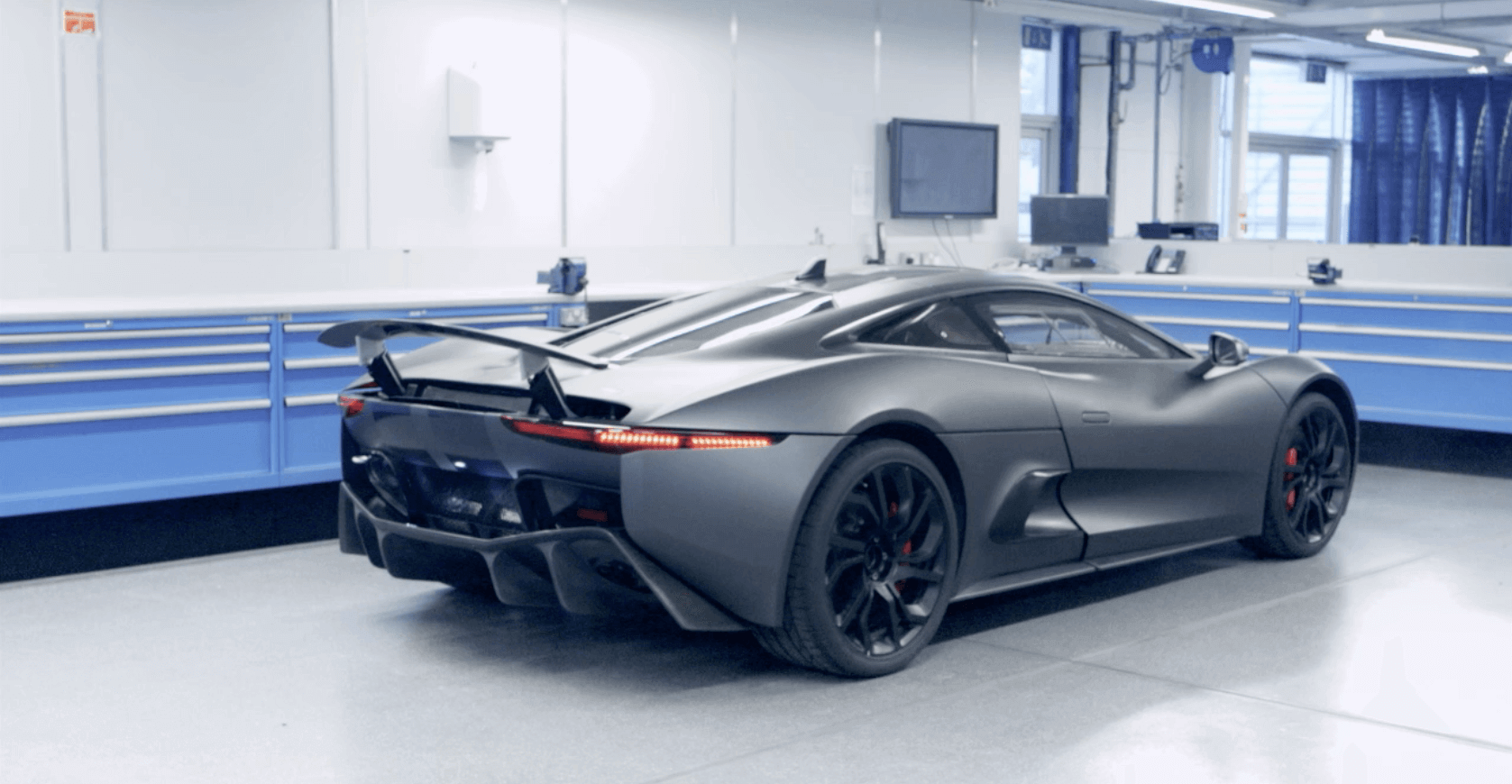 Jaguar c x75 a technological pioneer jaguar cx 75 publicscrutiny Image collections