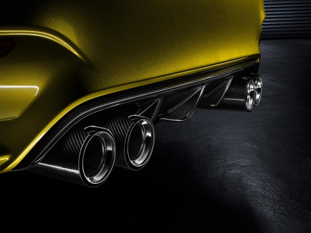 BMW M4 tail pipes