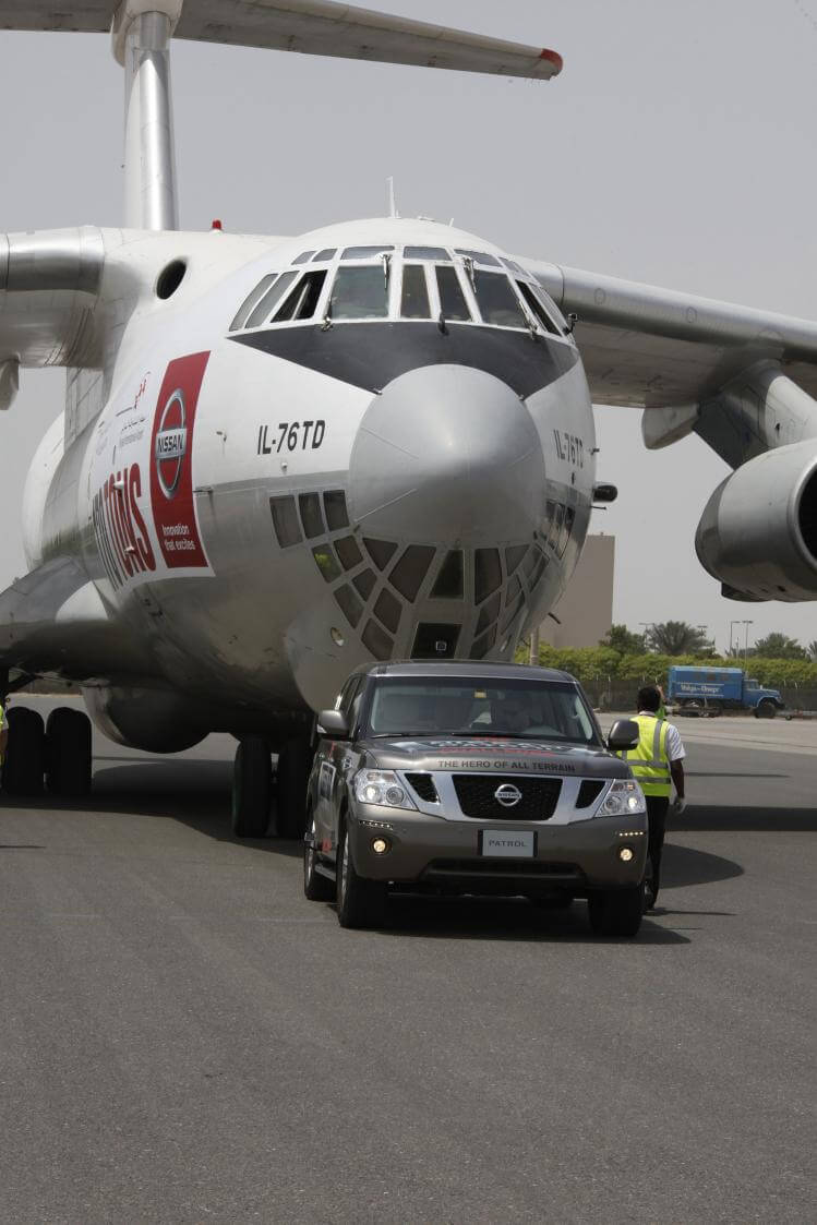 World\'s strongest car pulls 170 ton plane