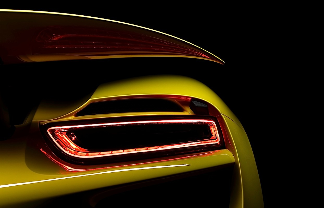 The Porsche 918 Spyder tail light close-up.
