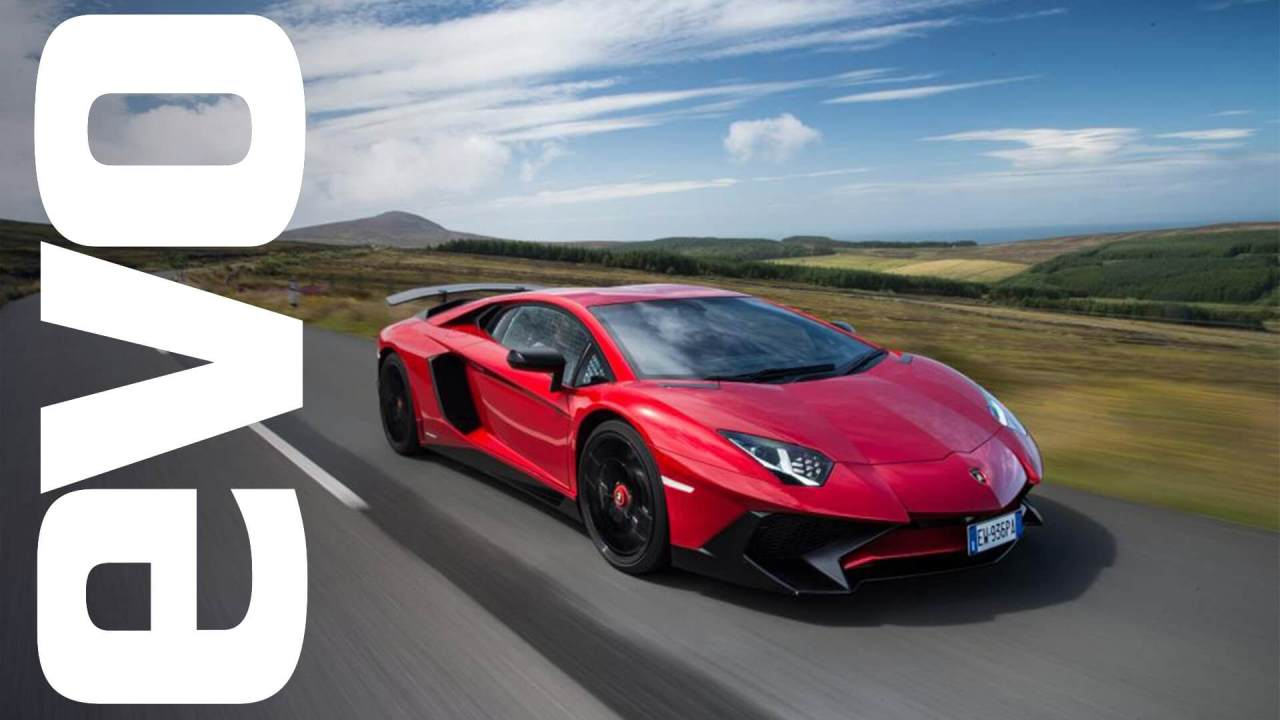Insane video of a Lamborghini Aventador SV going flat out on the Isle of Man