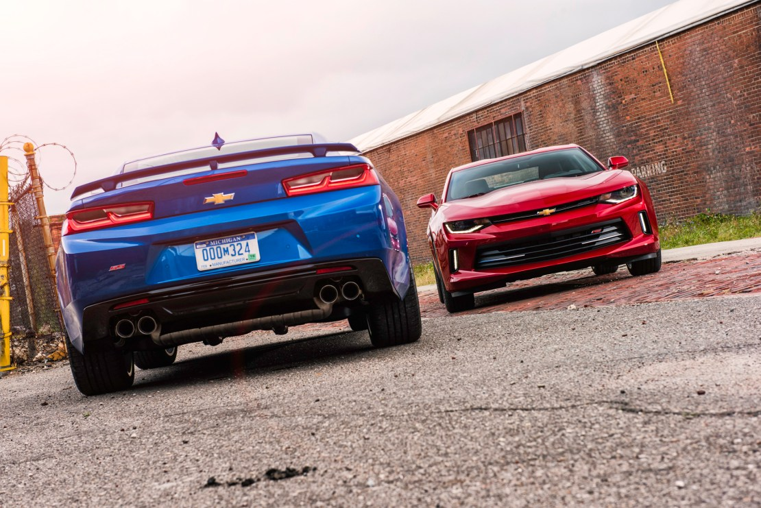 2016 Chevrolet Camaro is the 2016 Autoscommunity Car of the Year