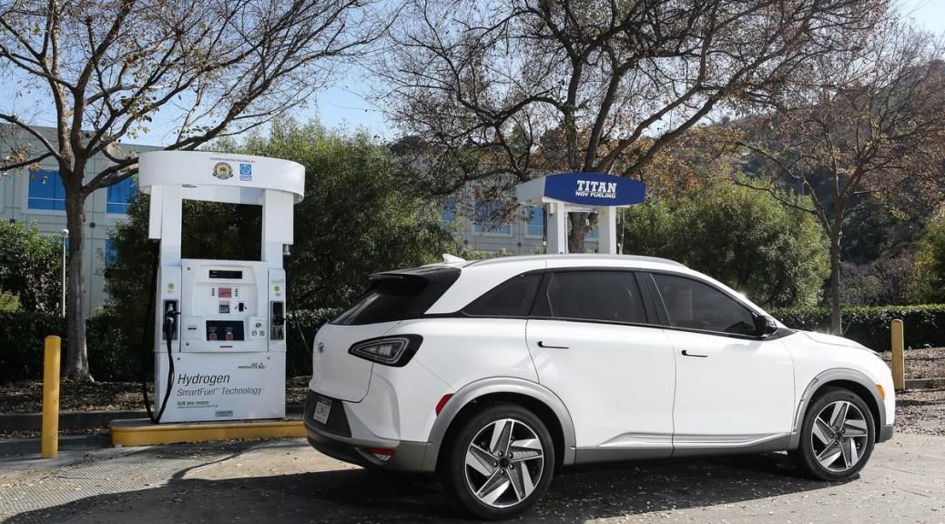 The Hyundai's Hydrogen-Powered Nexo Outruns Tesla