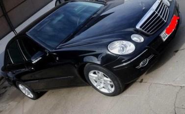 Mercedes-Benz W211 E240 под рестайл / 2002 год / пробег: 237,191км / цена: 16,000$