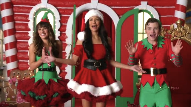 Glee Episode 508 Recap Previously Unaired Christmas Gets
