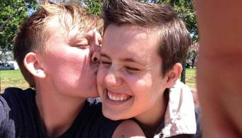 What To Do If You're In Love With A Straight Girl   Autostraddle