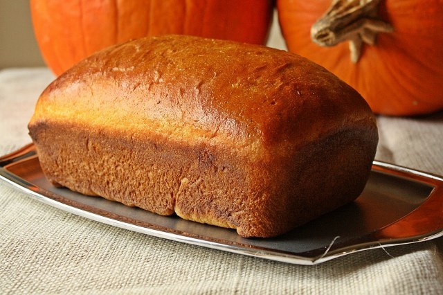 Great-Edibles-Recipes-Pumpkin-Gingerbread-Weedist-640x426