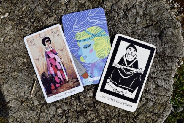 Tarot of the Cat People, Circo Tarot, Thea's Tarot
