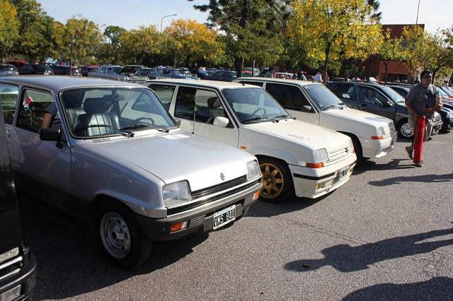 Modelos Renault 5 en el 2do Encuentro Anual de Renault Classic Buenos Aires
