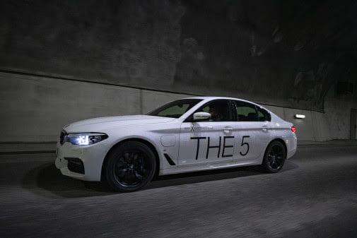 BMW:n sähköisen malliston myynti ylittää bensiini- ja dieselmoottorimalliston myynnin Suomessa tällä hetkellä