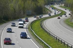 Nopeus olosuhteiden mukaan moottoritielläkin – myös poikkeusoloissa